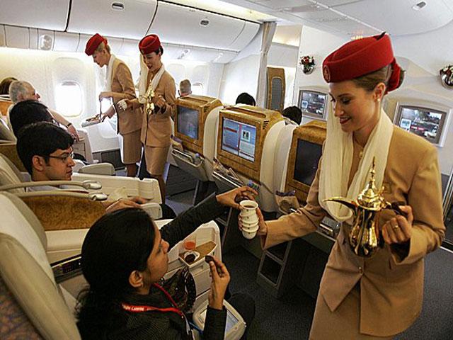 Emirates Airlines lavoro per Assistenti di volo